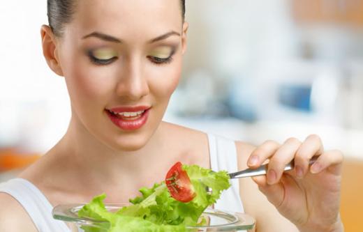 Traiter l'acné par la nutrition